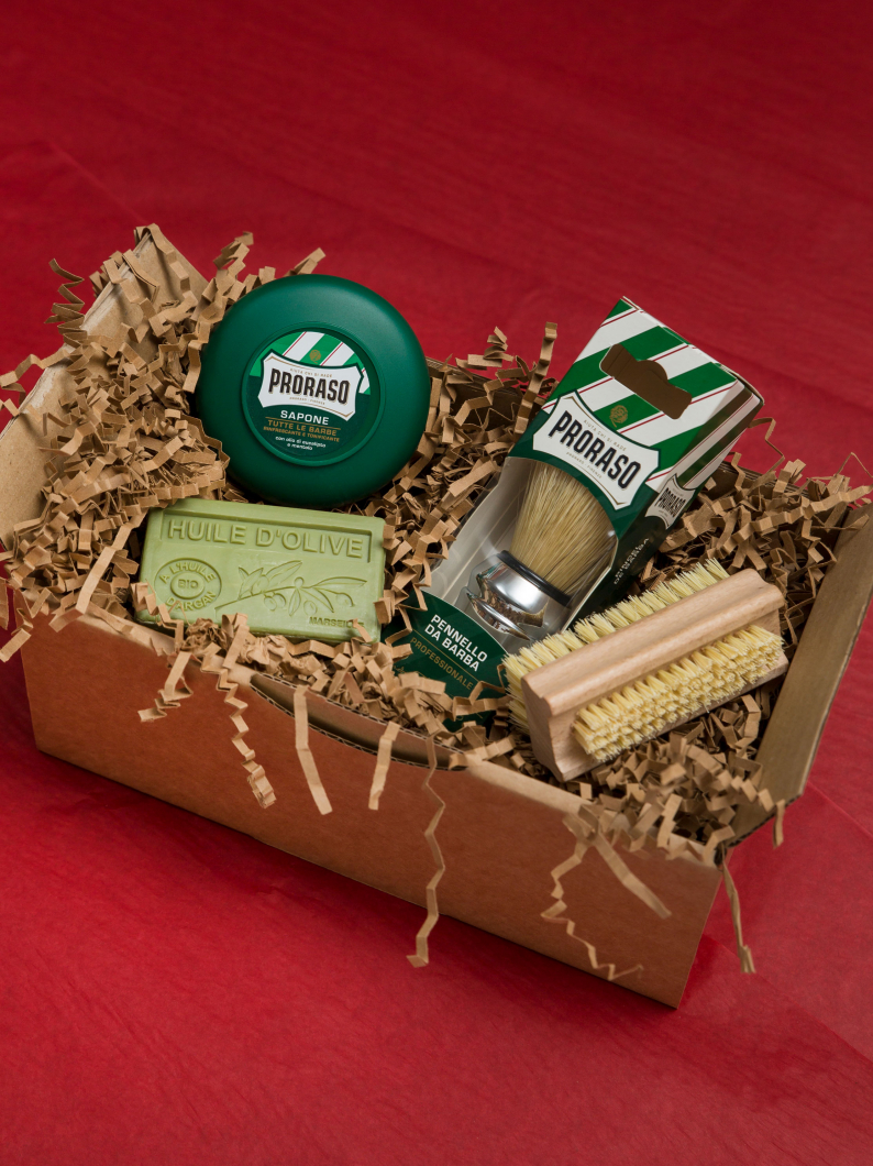 RE Mens Grooming Gift Box