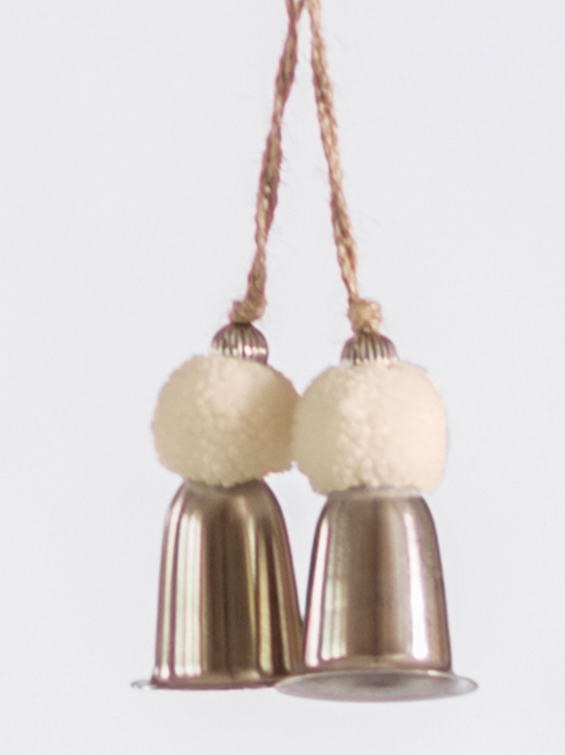 REduced Bell & Ivory Pom Pom