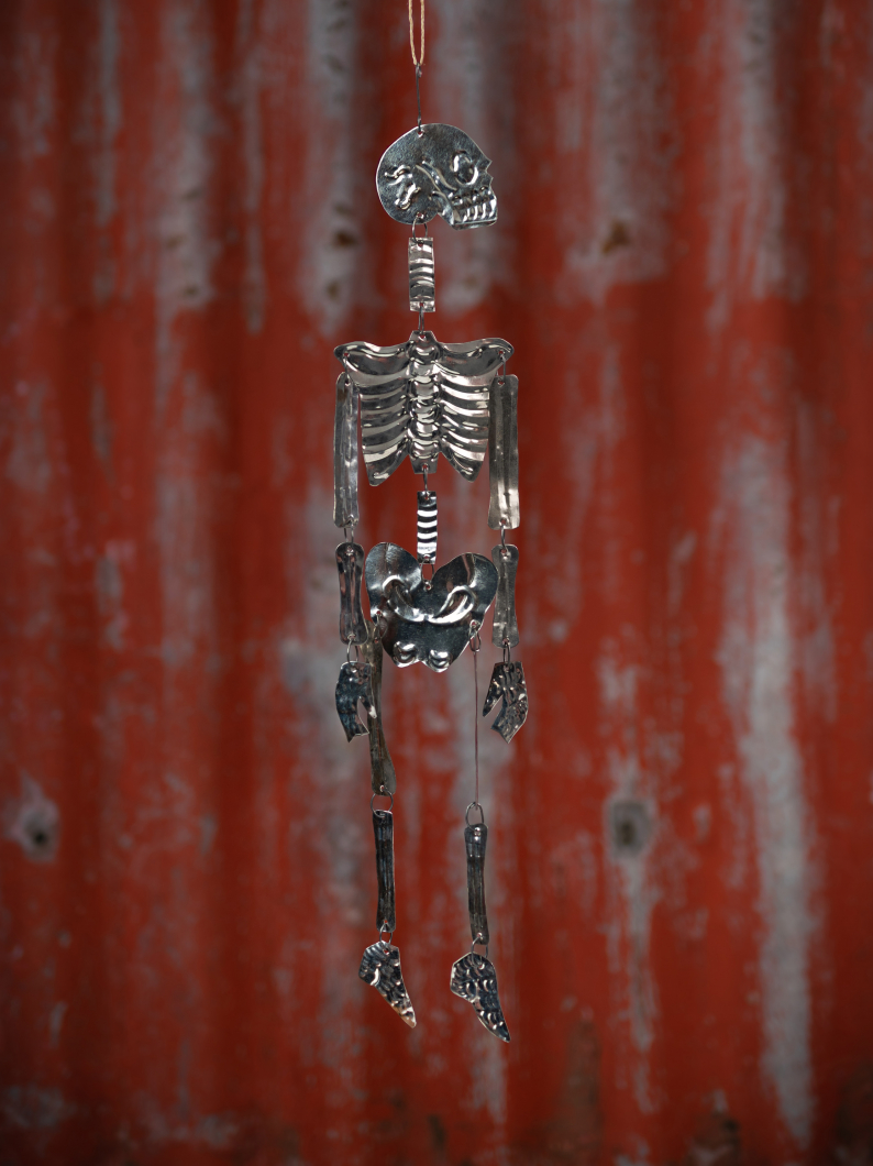 Metal Milagro Skeleton