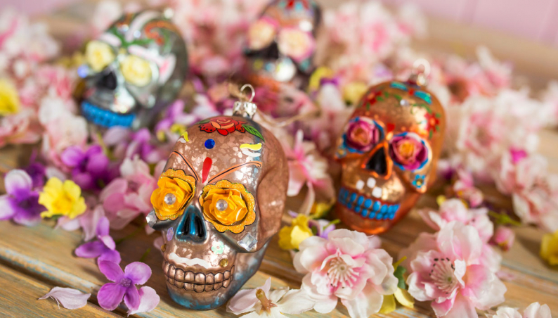 Glass Skull Decorations