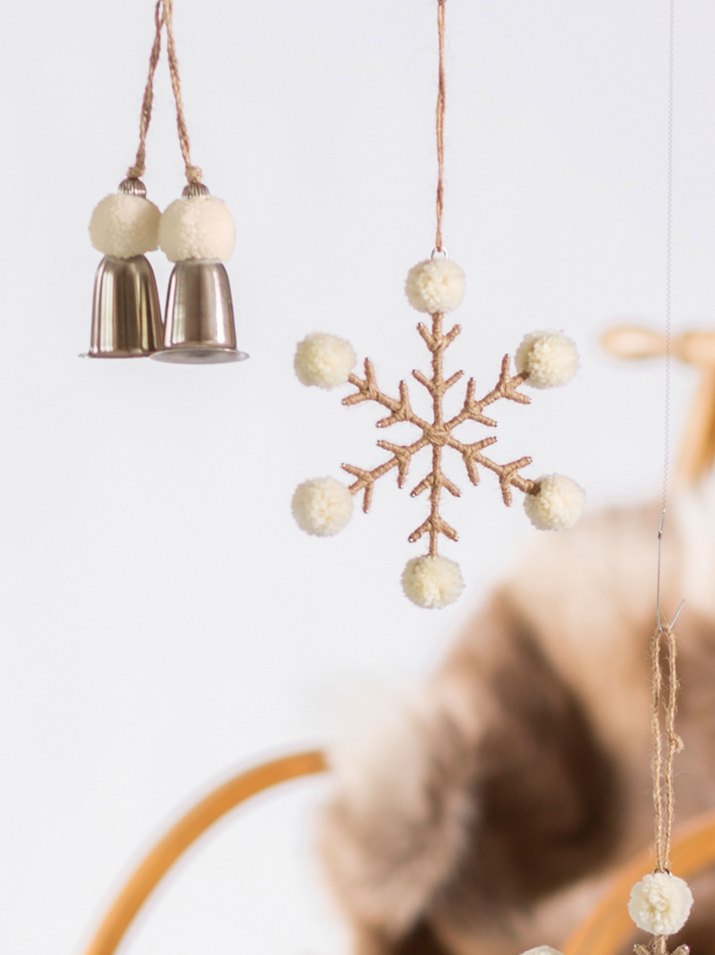 Bell & Pom Pom Decoration